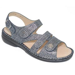 Finn Comfort Gomera Leather Soft Footbed Argento Sandals