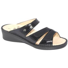 Finn Comfort Scottsdale Patent Leather Black Sandals