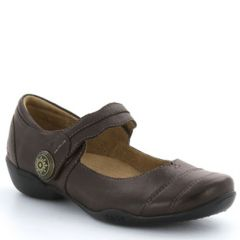 Taos Applause Leather Chocolate Shoes
