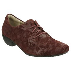 Taos Cobbler Suede Burgundy Shoes