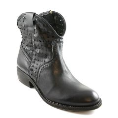 HOLEY COW LEATHER BLACK