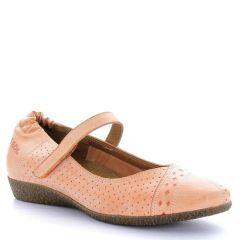 Taos Step It Up Leather Coral Shoes