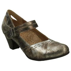 Taos Stunner Leather Silver Shoes