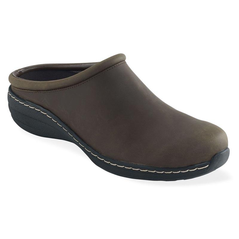 https://www.HappyFeet.com - Aetrex Robin Brown Oiled Leather Slip-Resistant 36