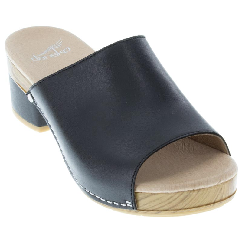 d43299ed32fe Womens Dansko Maci Black Leather - Happyfeet.Com