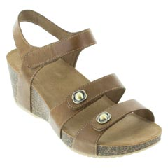 Dansko Savannah Tan Sandals