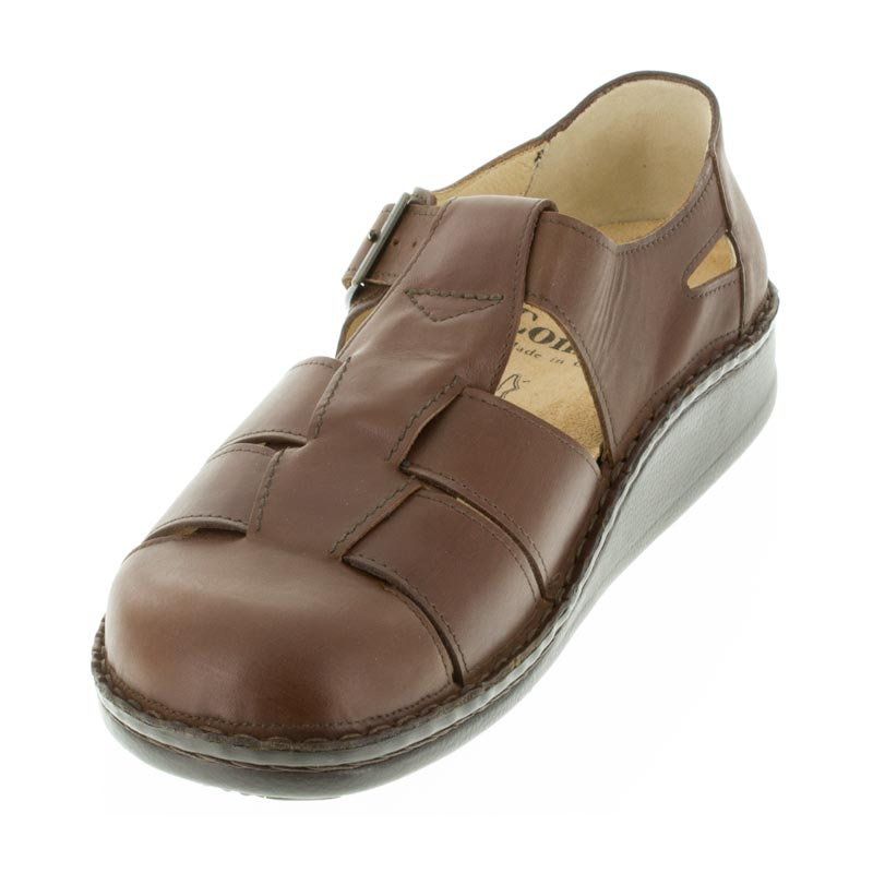 Finn Comfort Tropez Chestnut Leather front right side right shoe
