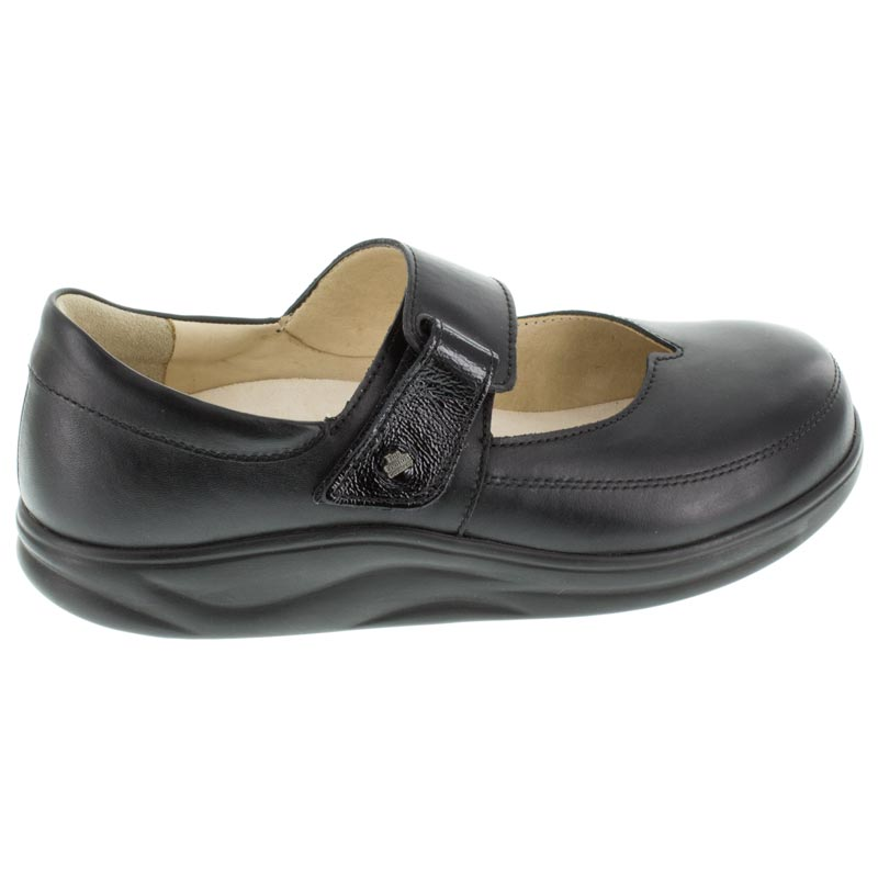 Finn Comfort Nagasaki Black Leather right side right shoe