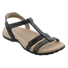 Taos Award Black Sandals