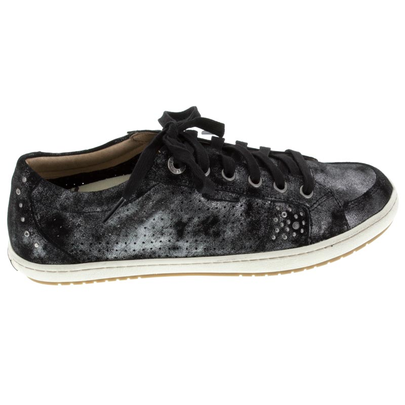 Taos Freedom Black Metallic Leather sneaker right side view