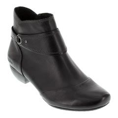 Taos Image Black Boots