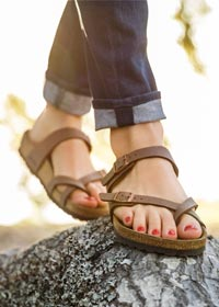 9cf1df4ce44 ... Habana Oiled Leather. As one of Birkenstock s most popular styles