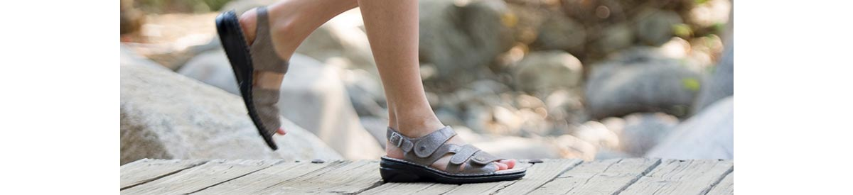 View all Finn Comfort Sandals - Buy Today